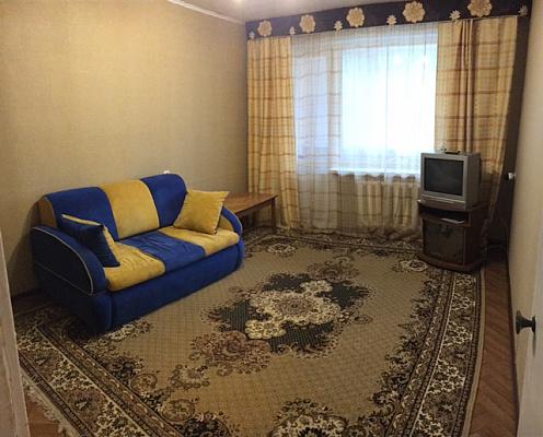 1-комнатная квартира посуточно в Днепропетровске. Красногвардейский район, ул. Рабочая, 85. Фото 1