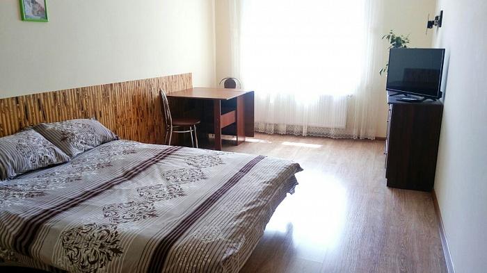 1-комнатная квартира посуточно в Тернополе. ул. Крушельницкой, 35. Фото 1