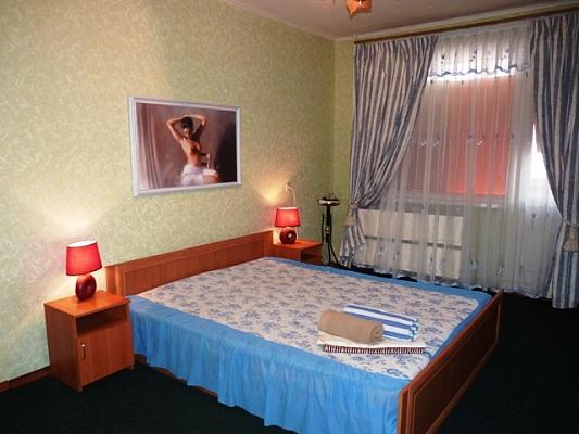 1-комнатная квартира посуточно в Черкассах. Сержанта Смирнова, 4. Фото 1