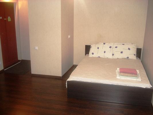 1-комнатная квартира посуточно в Мариуполе. пр-т Ленина, 106. Фото 1