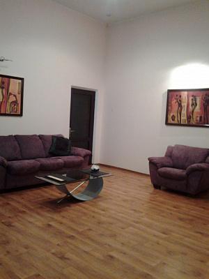 2-комнатная квартира посуточно в Одессе. Приморский район, пр-т Александровский, 91. Фото 1