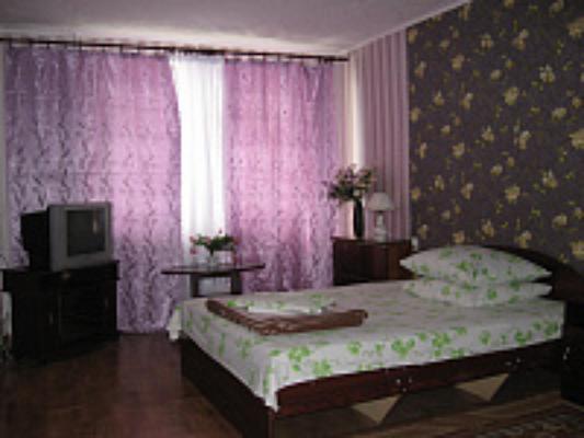 1-комнатная квартира посуточно в Симферополе. Железнодорожный район, ул. Ларионова, 46. Фото 1