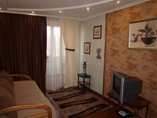 1-комнатная квартира посуточно в Белой Церкви. ул. Пушкинская, 59. Фото 1