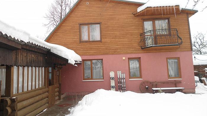 Дом  посуточно в Ясине. ул. Киевская. Фото 1
