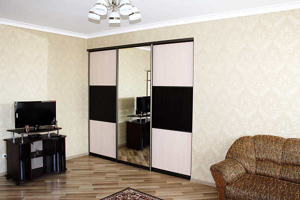 2-комнатная квартира посуточно в Трускавце. ул. Маркиана Шашкевича, 16. Фото 1