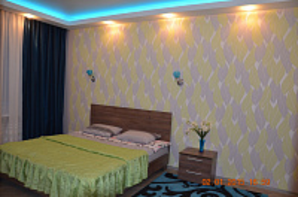 2-комнатная квартира посуточно в Запорожье. Орджоникидзевский район, ул. Панфиловцев, 15. Фото 1