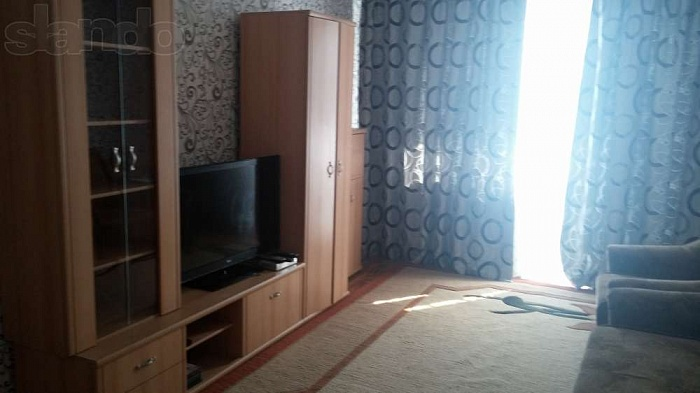 2-комнатная квартира посуточно в Днепродзержинске. ул. Металлургов, 5. Фото 1