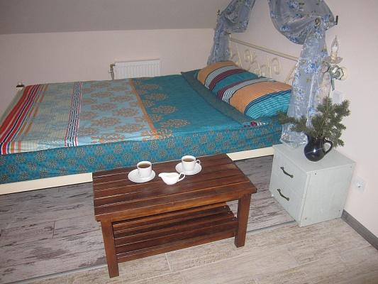 1-комнатная квартира посуточно в Кременчуге. ул. Генерала Иринеева, 21. Фото 1