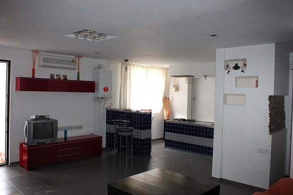 3-комнатная квартира посуточно в Евпатории. ул. Ленина, 56. Фото 1