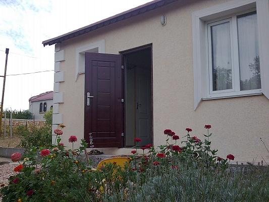 Дом  посуточно в Севастополе. Гагаринский район, м. Фиолент. Фото 1