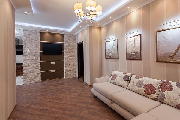 3-комнатная квартира посуточно в Одессе. Приморский район, б-р Французский , 22. Фото 1