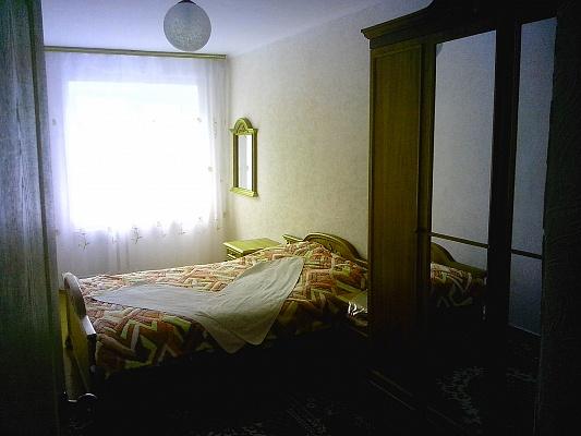 2-комнатная квартира посуточно в Житомире. ул. Киевская, 19. Фото 1