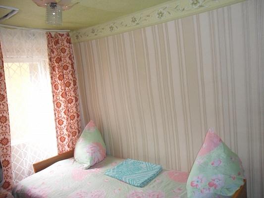 1-комнатная квартира посуточно в Бердянске. ул. Чкалова , 43. Фото 1