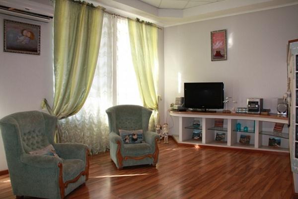1-комнатная квартира посуточно в Одессе. Приморский район, ул. Греческая, 30. Фото 1