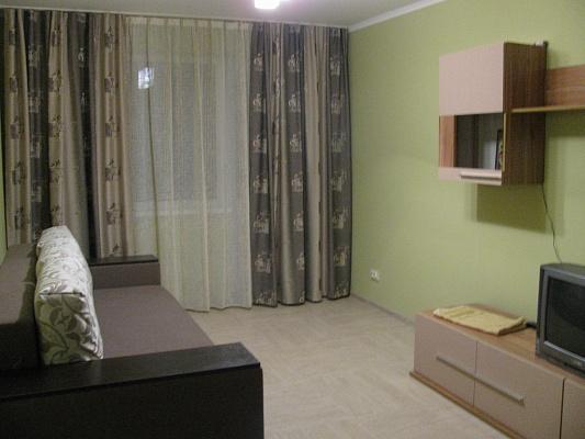 2-комнатная квартира посуточно в Львове. Франковский район, ул. В. Великого, 69. Фото 1