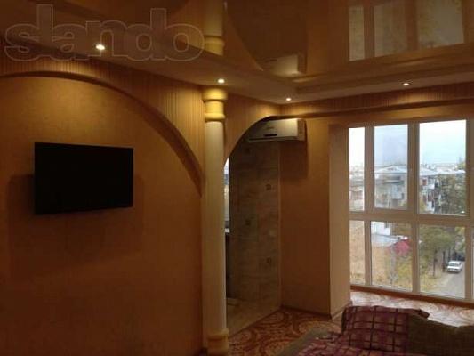 2-комнатная квартира посуточно в Северодонецке. ул. Гагарина , 56. Фото 1