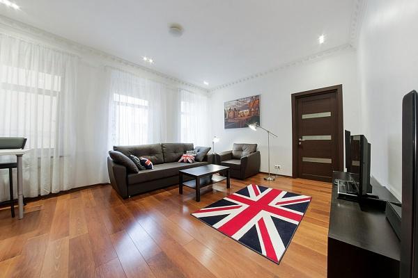 2-комнатная квартира посуточно в Бердянске. горького, 47. Фото 1