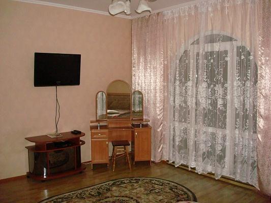 1-комнатная квартира посуточно в Борисполе. ул. Франка, 9А. Фото 1