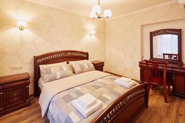 2-комнатная квартира посуточно в Львове. Галицкий район, ул. Староеврейская, 6. Фото 1