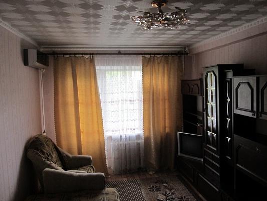 1-комнатная квартира посуточно в Алчевске. пр-т Ленина, 29а . Фото 1