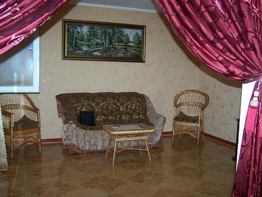 2-комнатная квартира посуточно в Умани. ул. Пушкина, 11. Фото 1