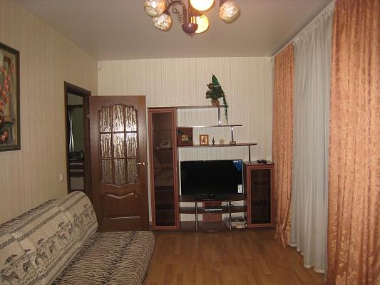 1-комнатная квартира посуточно в Киеве. Печерский район, ул. Лаврская, 4В. Фото 1
