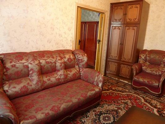 2-комнатная квартира посуточно в Макеевке. ул. Ленина, 61. Фото 1