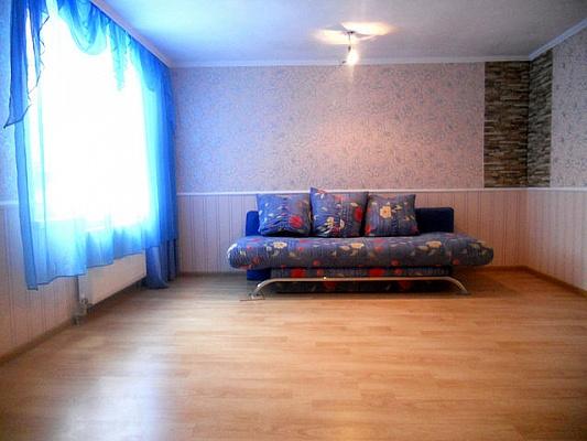 1-комнатная квартира посуточно в Евпатории. ул. Пушкина, 61. Фото 1