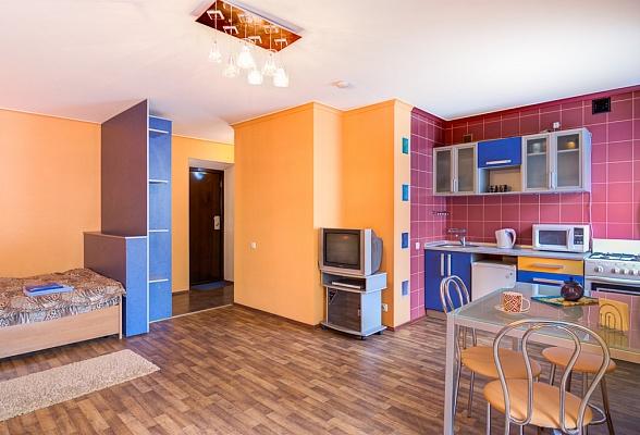 1-комнатная квартира посуточно в Харькове. Дзержинский район, пр-т Ленина, 39. Фото 1
