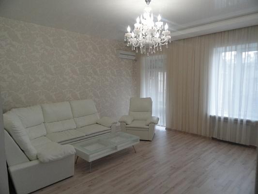 3-комнатная квартира посуточно в Одессе. Приморский район, пер. Маяковского, 9. Фото 1