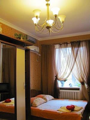 1-комнатная квартира посуточно в Одессе. Приморский район, пер. Некрасова, 6. Фото 1