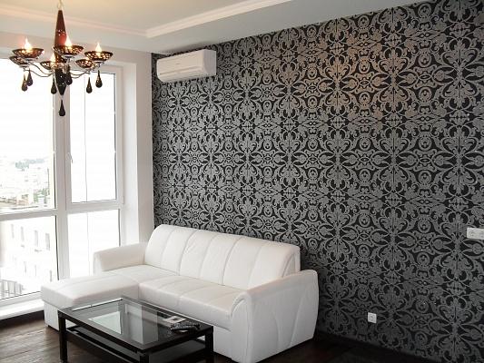 1-комнатная квартира посуточно в Одессе. Приморский район, ул. Литератрная, 12а. Фото 1
