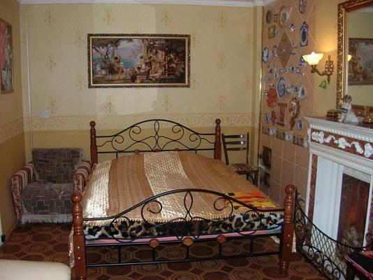2-комнатная квартира посуточно в Виннице. Ленинский район, ул. Кропивницкого, 22. Фото 1