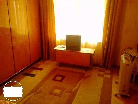 1-комнатная квартира посуточно в Львове. Галицкий район, ул. Кулиша, 31. Фото 1