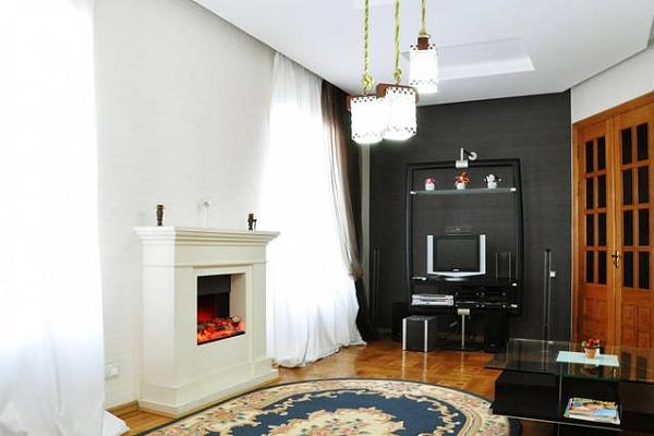 3-комнатная квартира посуточно в Одессе. Приморский район, ул. Екатерининская, 5. Фото 1