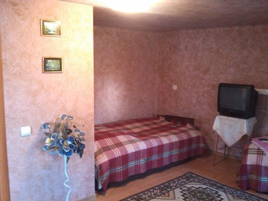 3-комнатная квартира посуточно в Мукачево. ул. Жовтнева, 111. Фото 1
