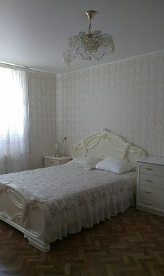 2-комнатная квартира посуточно в Севастополе. Гагаринский район, ул. Астана Кесаева, 8. Фото 1