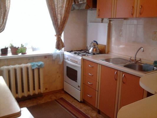 1-комнатная квартира посуточно в Белой Церкви. ул. Щорса , 45. Фото 1