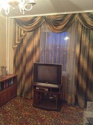 1-комнатная квартира посуточно в Запорожье. Хортицкий район, ул. 14 Октября, 3. Фото 1