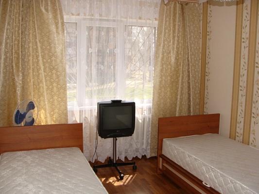 1-комнатная квартира посуточно в Керчи. ул. Льва Толстого , 132. Фото 1