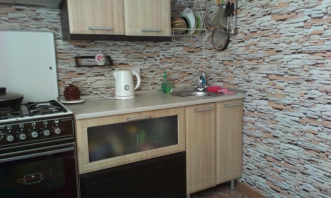 2-комнатная квартира посуточно в Севастополе. Ленинский район, пр-т Генерала Острякова, 35. Фото 1