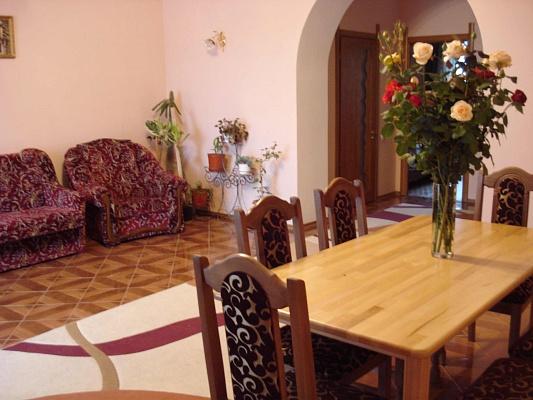 Дом  посуточно в Симферополе. с. Пионерское, 2-а. Фото 1