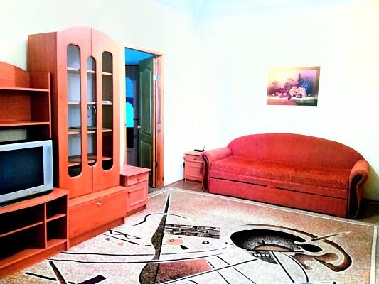 2-комнатная квартира посуточно в Одессе. Приморский район, ул. Черняховского, 12 в. Фото 1