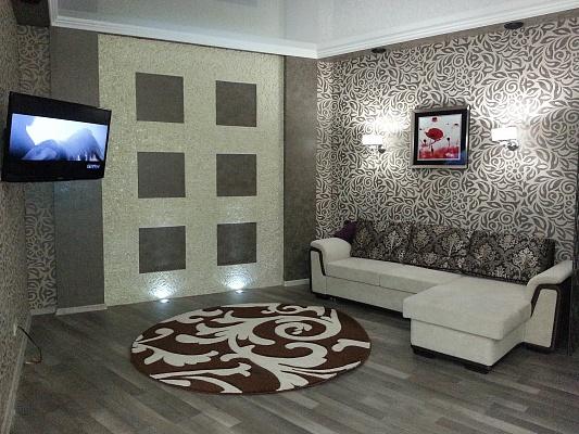 2-комнатная квартира посуточно в Одессе. Приморский район, Гагаринское плато, 5А. Фото 1