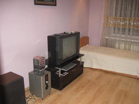 4-комнатная квартира посуточно в Трускавце. ул. Стуса, 18. Фото 1