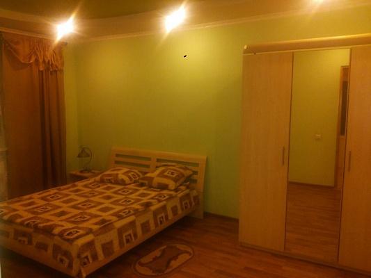2-комнатная квартира посуточно в Трускавце. ул. Крушельницкой, 6. Фото 1