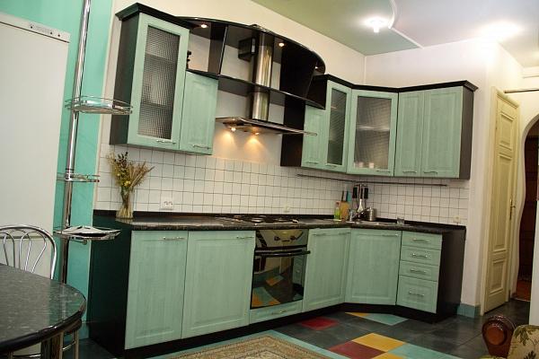 3-комнатная квартира посуточно в Львове. Галицкий район, Стрийська, 36. Фото 1