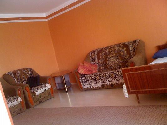 1-комнатная квартира посуточно в Тернополе. пр-т Ст. Бандеры. Фото 1