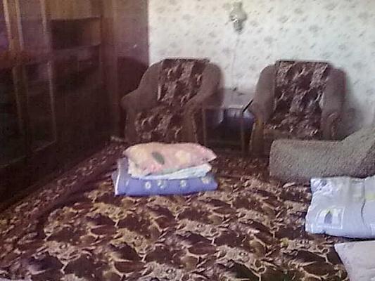 2-комнатная квартира посуточно в Краматорске. б-р Краматорский, 39. Фото 1