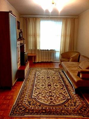 2-комнатная квартира посуточно в Никополе. ул. Усова, 4. Фото 1